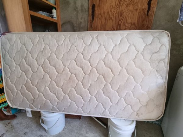 Single Bed with Base, Barbados, For Sale